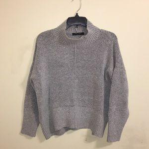 ☀️ Romeo + Juliet • Soft Turtleneck Sweater